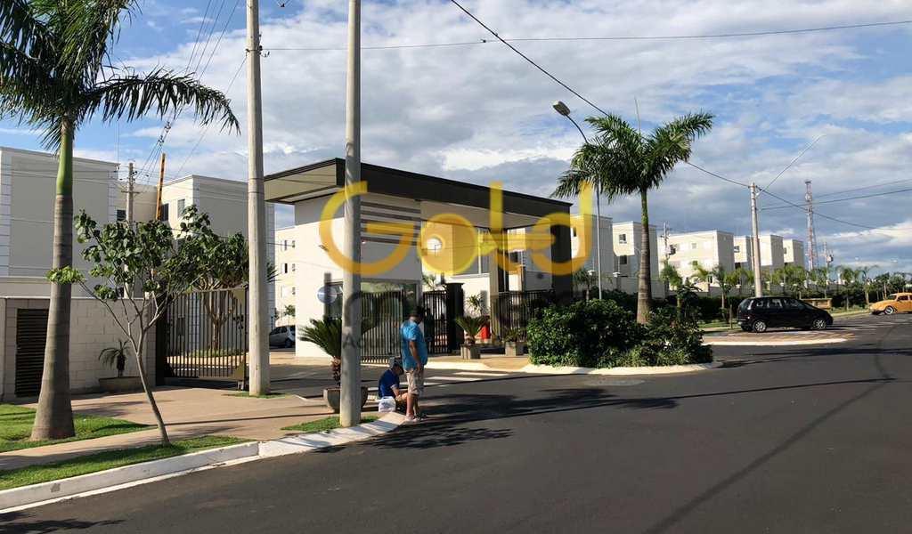 Apartamento em São Carlos, bairro Parque Fehr