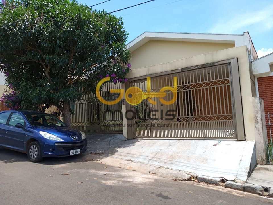 Casa em São Carlos, no bairro Parque Arnold Schimidt