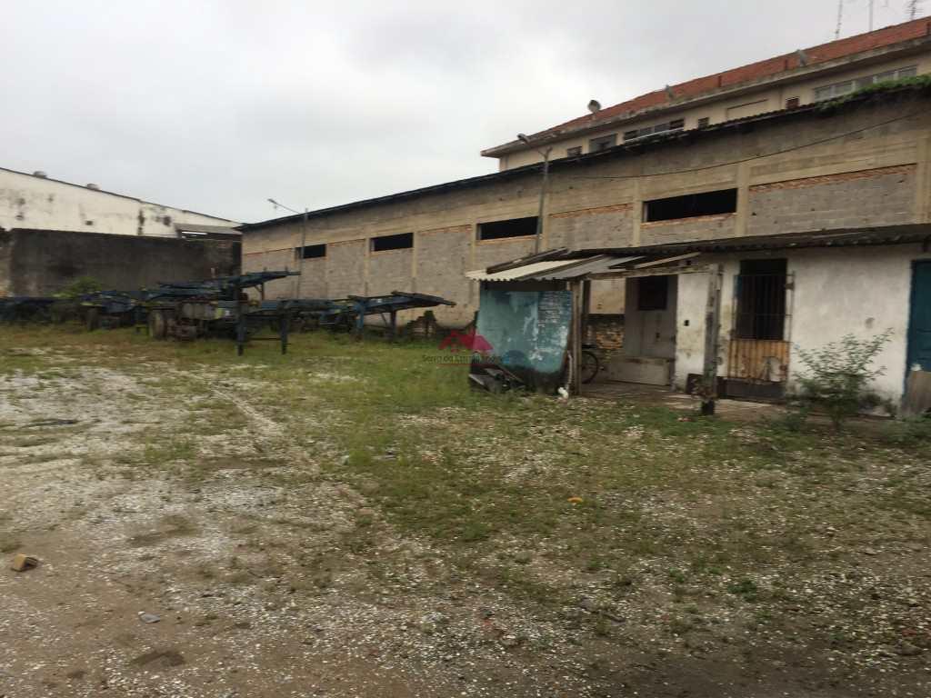 Terreno Comercial em Santos, no bairro Macuco