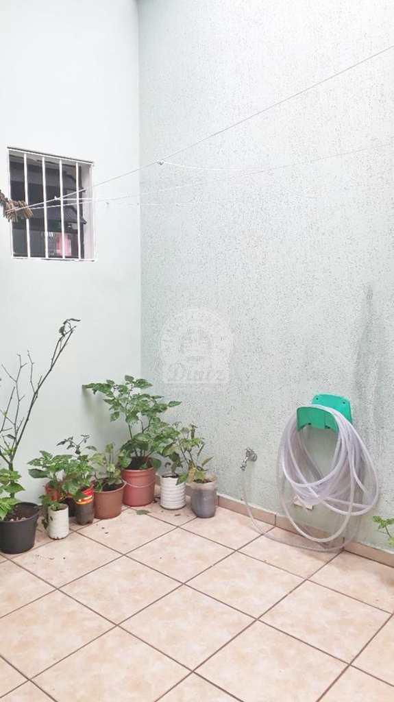Sobrado em São Bernardo do Campo, no bairro Vila Caminho do Mar