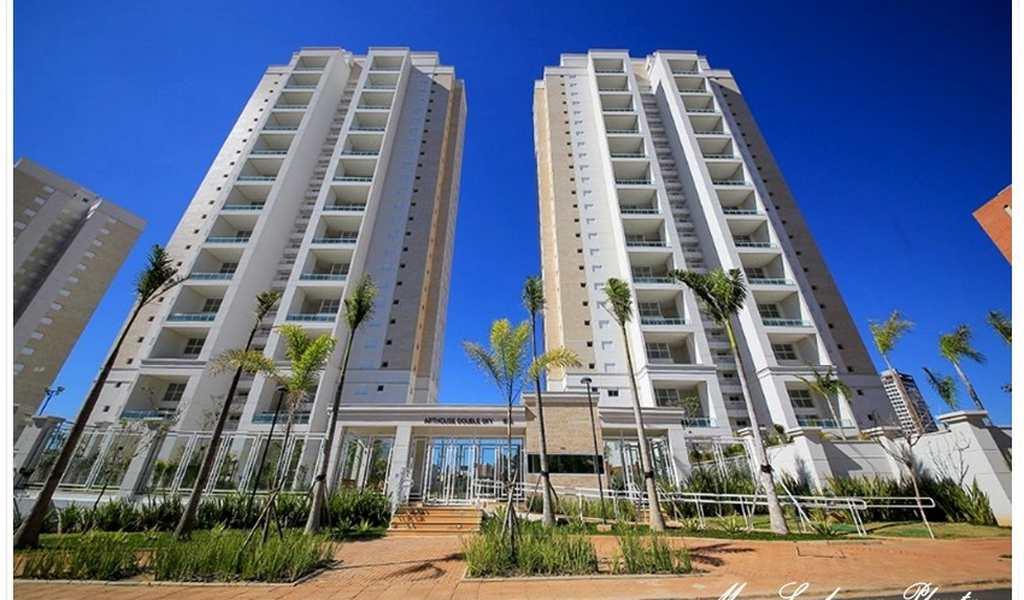 Apartamento em Campinas, bairro Taquaral