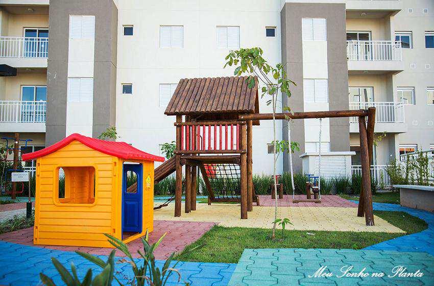 Apartamento em Valinhos, bairro Ortizes