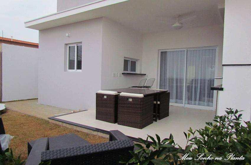 Casa de Condomínio em Valinhos, no bairro Jardim Ribeiro