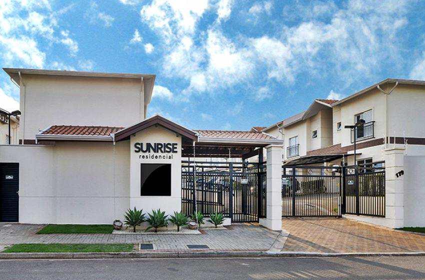 Casa de Condomínio em Campinas, no bairro Jd. Santa Cândida