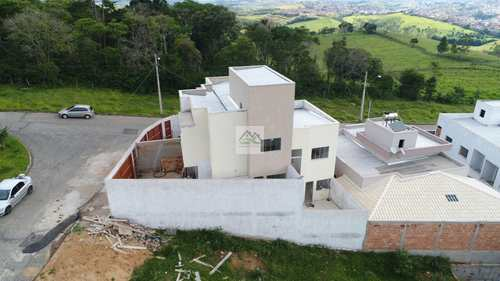 Casa, código SN201904 em Conselheiro Lafaiete, bairro Novo Horizonte