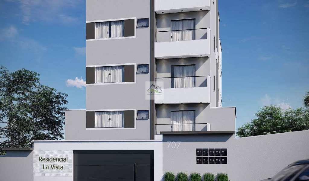 Apartamento em Conselheiro Lafaiete, bairro Novo Horizonte