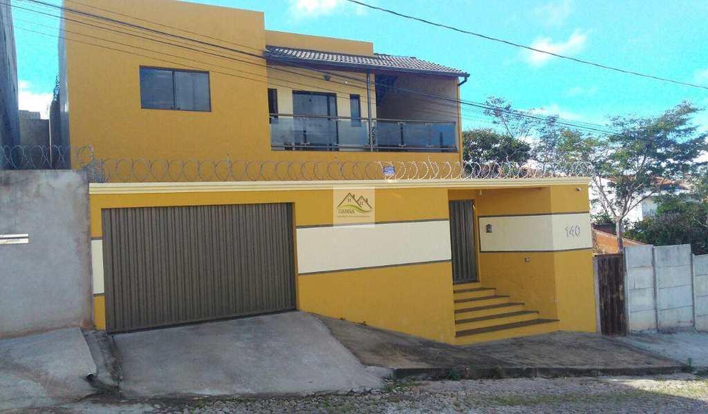 Casa em Conselheiro Lafaiete, bairro Centro