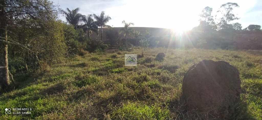 Terreno em Conselheiro Lafaiete, no bairro Almeidas