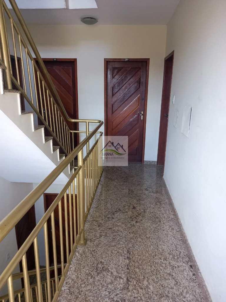 Apartamento em Conselheiro Lafaiete, no bairro Carijós