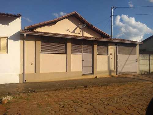 Casa, código 183 em Santa Rita do Sapucaí, bairro Jardim das Palmeiras