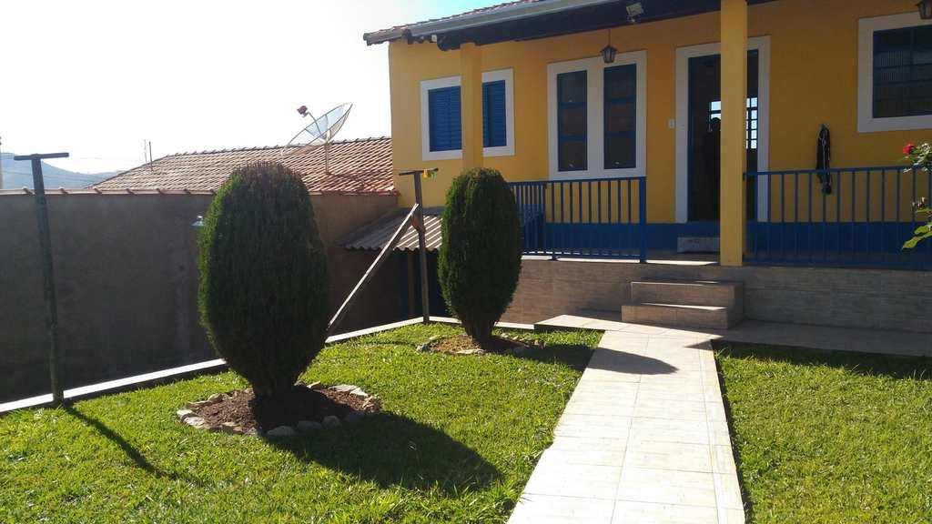 Casa em Santa Rita do Sapucaí, no bairro Sao Benedito