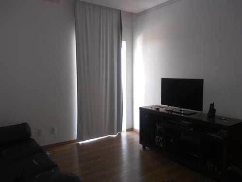 Casa, código 250 em Santa Rita do Sapucaí, bairro Bruno Matragrano