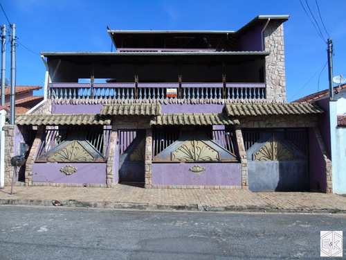 Casa, código 303 em Pouso Alegre, bairro Fátima III