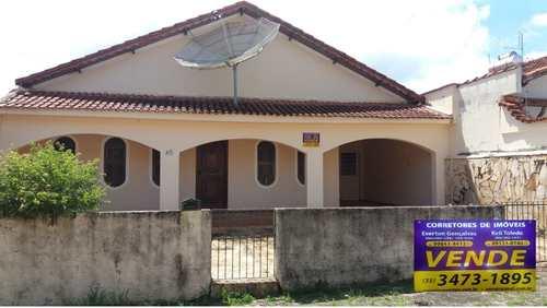 Casa, código 318 em Santa Rita do Sapucaí, bairro Monte Belo