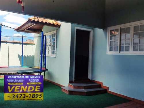 Casa, código 319 em Santa Rita do Sapucaí, bairro Fernandes