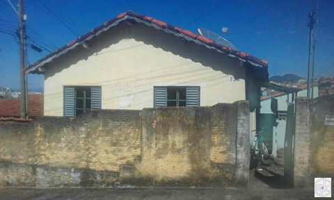 Casa, código 327 em Santa Rita do Sapucaí, bairro Sao Benedito