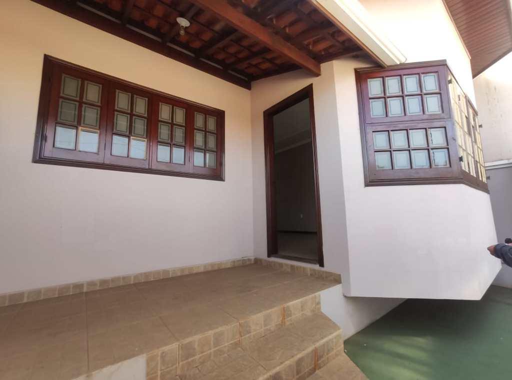 Casa em Santa Rita do Sapucaí, no bairro Bruno Matragrano