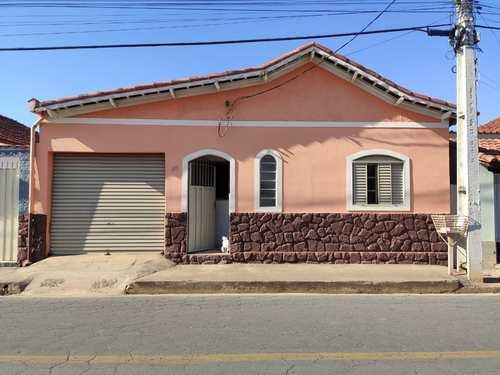 Casa, código 14 em Santa Rita do Sapucaí, bairro Maristela