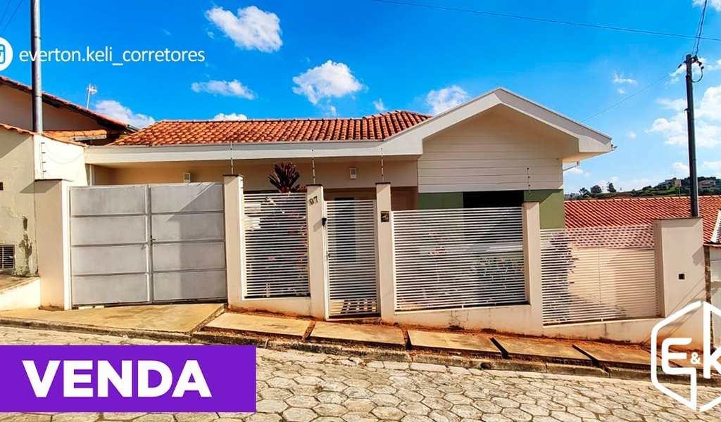 Casa em Santa Rita do Sapucaí, bairro Jardim dos Estados