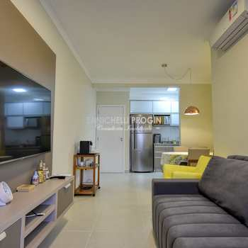 Apartamento em Ubatuba, bairro Toninhas