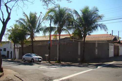 Casa, código 14 em Piracicaba, bairro Piracicamirim