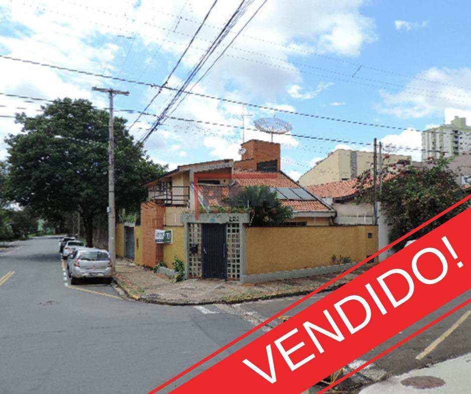 Casa em Piracicaba, no bairro Vila Monteiro