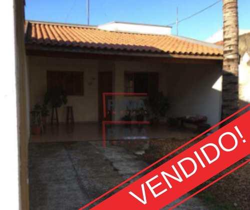 Casa, código 303 em Piracicaba, bairro Água Branca