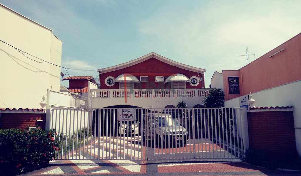 Casa Comercial em Piracicaba, bairro Alto