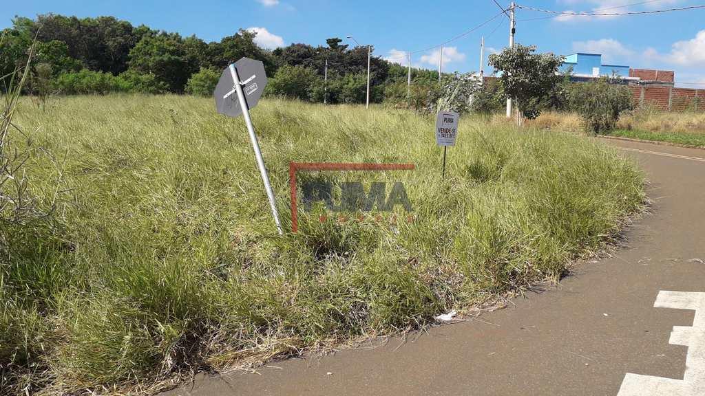 Terreno em Piracicaba, no bairro Taquaral