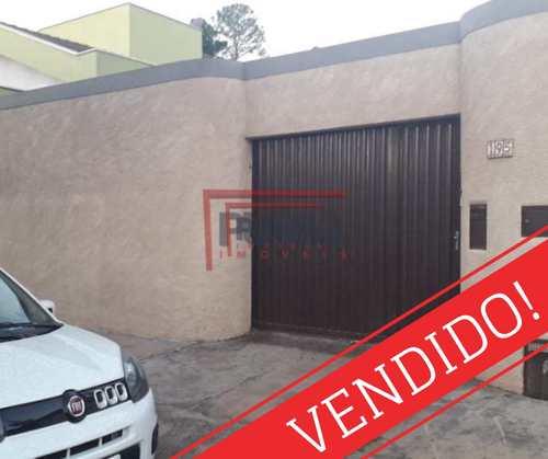 Casa, código 600 em Piracicaba, bairro Castelinho
