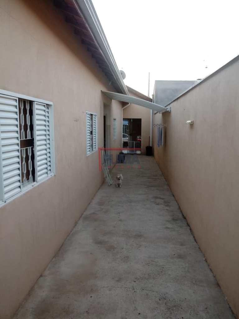 Casa em Piracicaba, no bairro Jardim Itaiçaba (Ártemis)