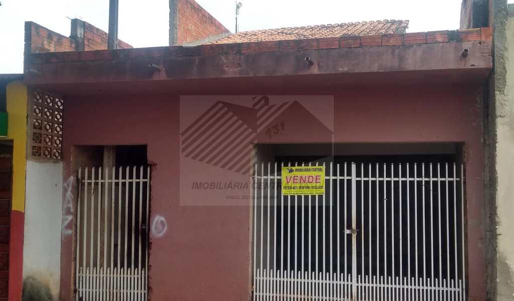 Casa em Tatuí, bairro Jardim Santa Rita de Cássia
