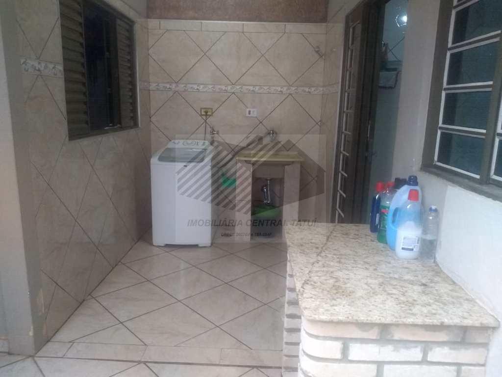 Casa em Tatuí, no bairro Residencial Donato Flores