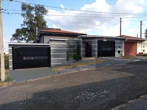 Casa, código 452 em Tatuí, bairro Colina Verde