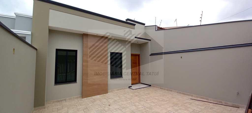 Casa em Tatuí, no bairro Jardim Mantovani