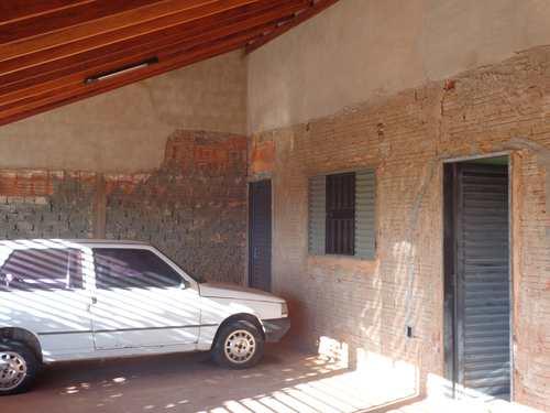 Casa, código 10 em Piacatu, bairro Centro