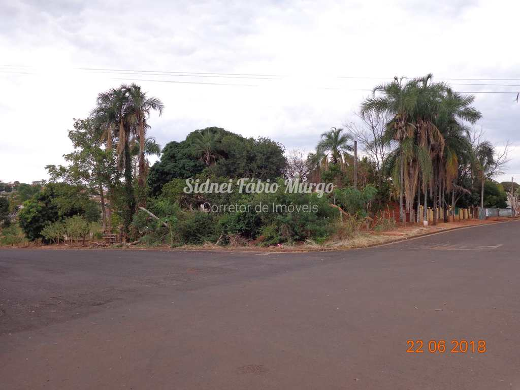 Terreno em Piacatu, no bairro Centro