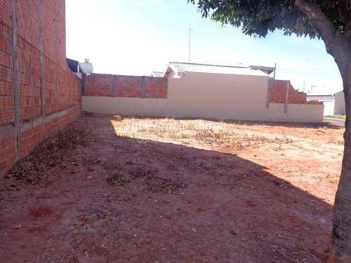 Terreno, código 179 em Piacatu, bairro Centro
