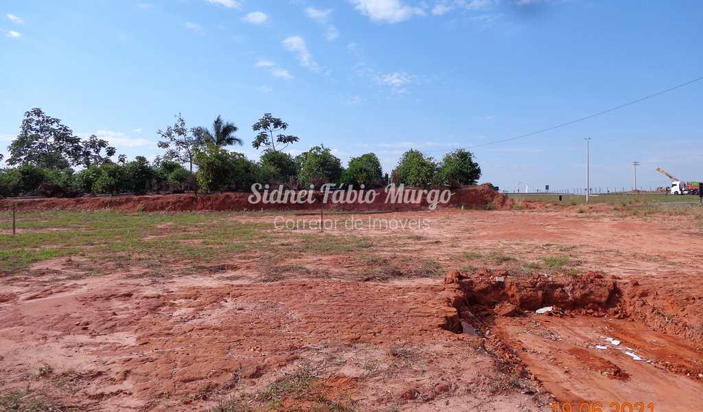 Terreno em Piacatu, bairro Centro