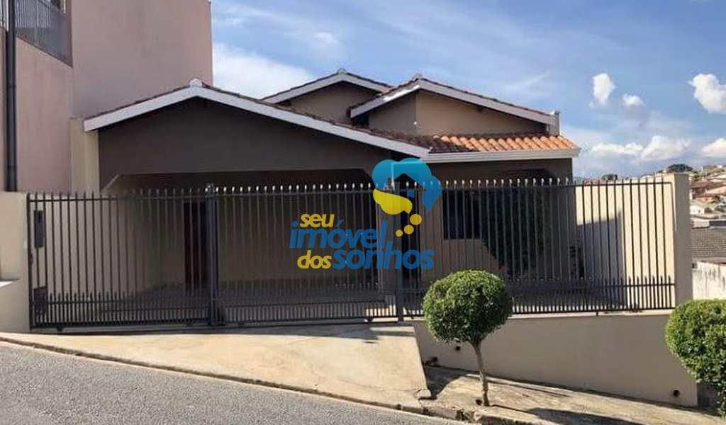 Casa em Bragança Paulista, bairro Jardim Europa