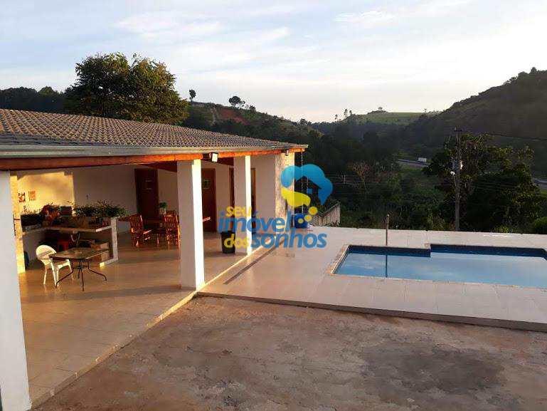 Casa em Bragança Paulista, no bairro Bosques da Pedra