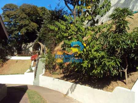 Casa em Águas de Lindóia, no bairro Vila Assumpção