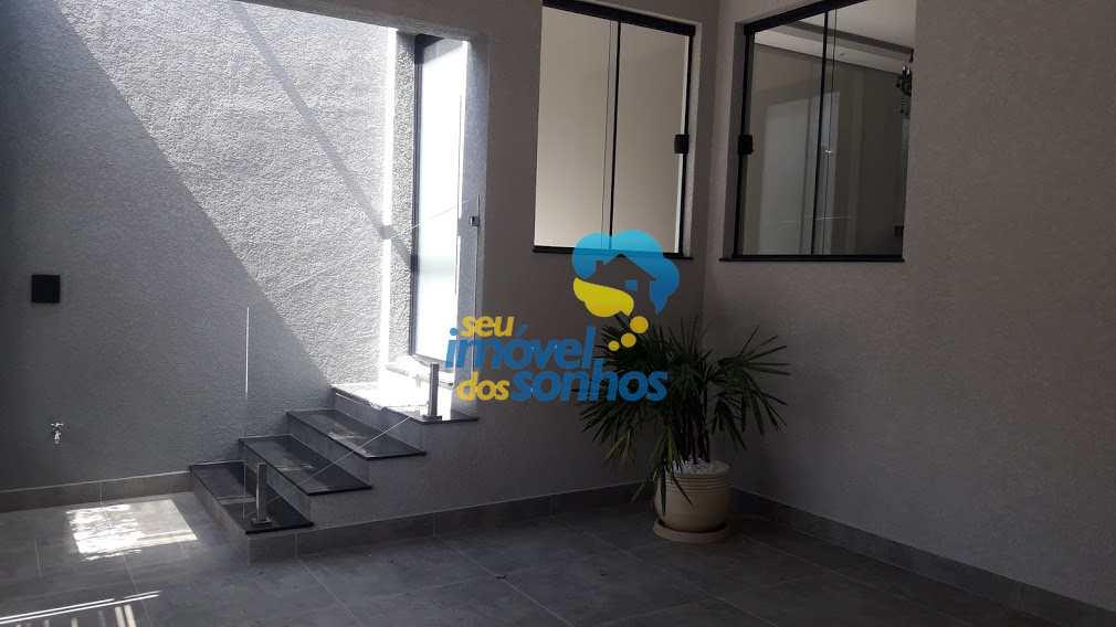 Casa em Bragança Paulista, no bairro Residencial Quinta dos Vinhedos