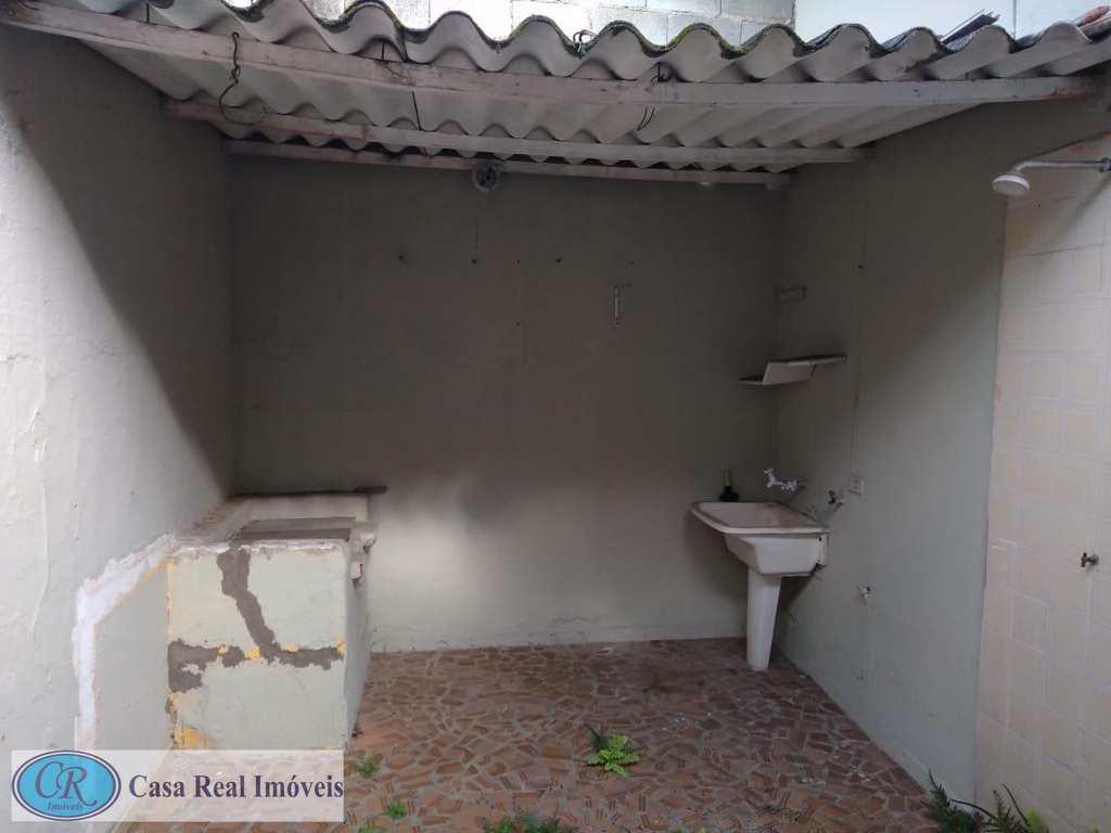 Sobrado em Praia Grande, bairro Sítio do Campo