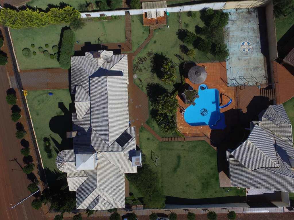 Casa em Independência, no bairro Centro