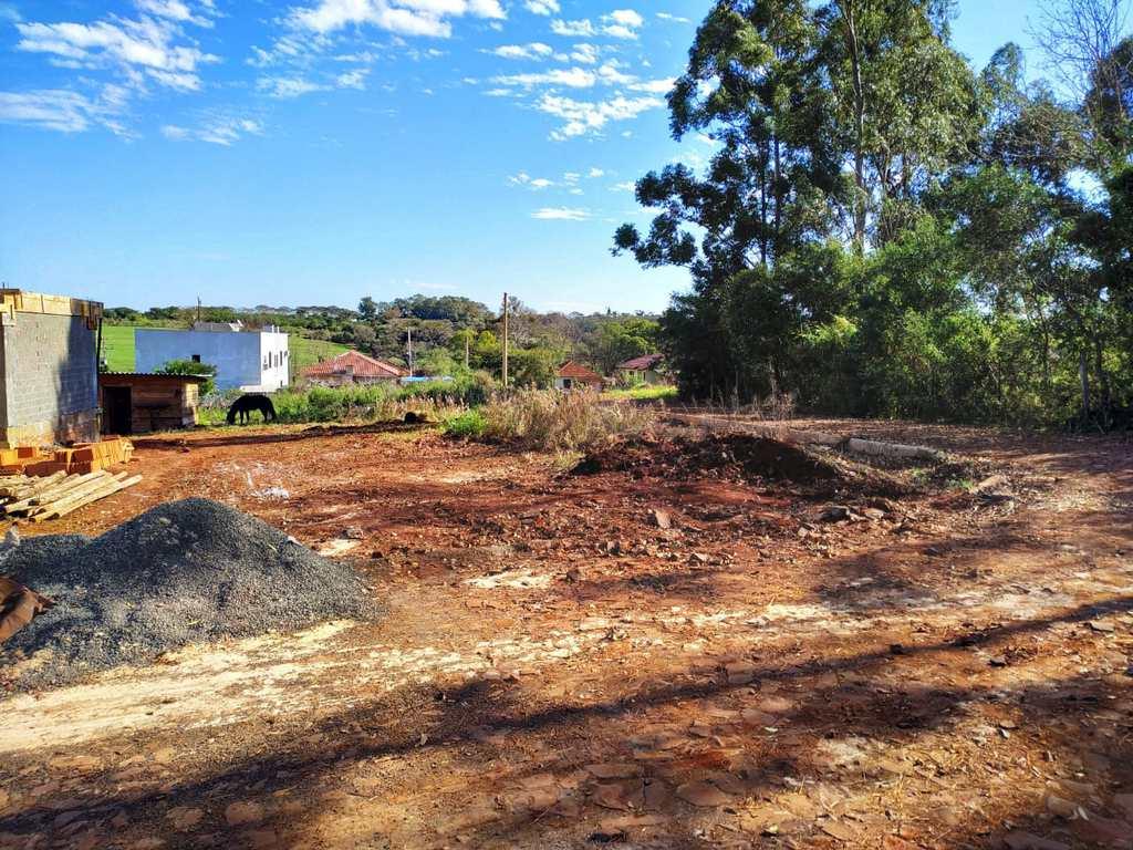 Terreno em Três de Maio, no bairro Bairro Medianeira