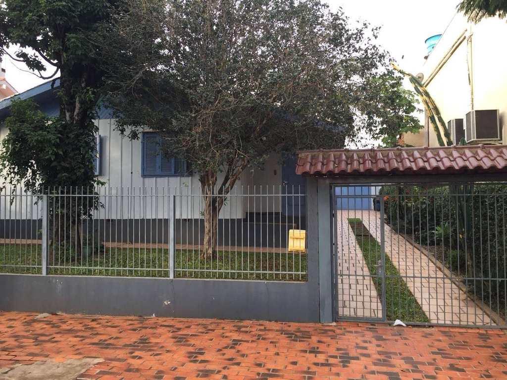 Casa em Três de Maio, no bairro Bairro Planalto