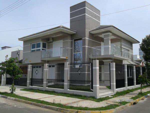 Sobrado em Cachoeirinha, no bairro Parque da Matriz