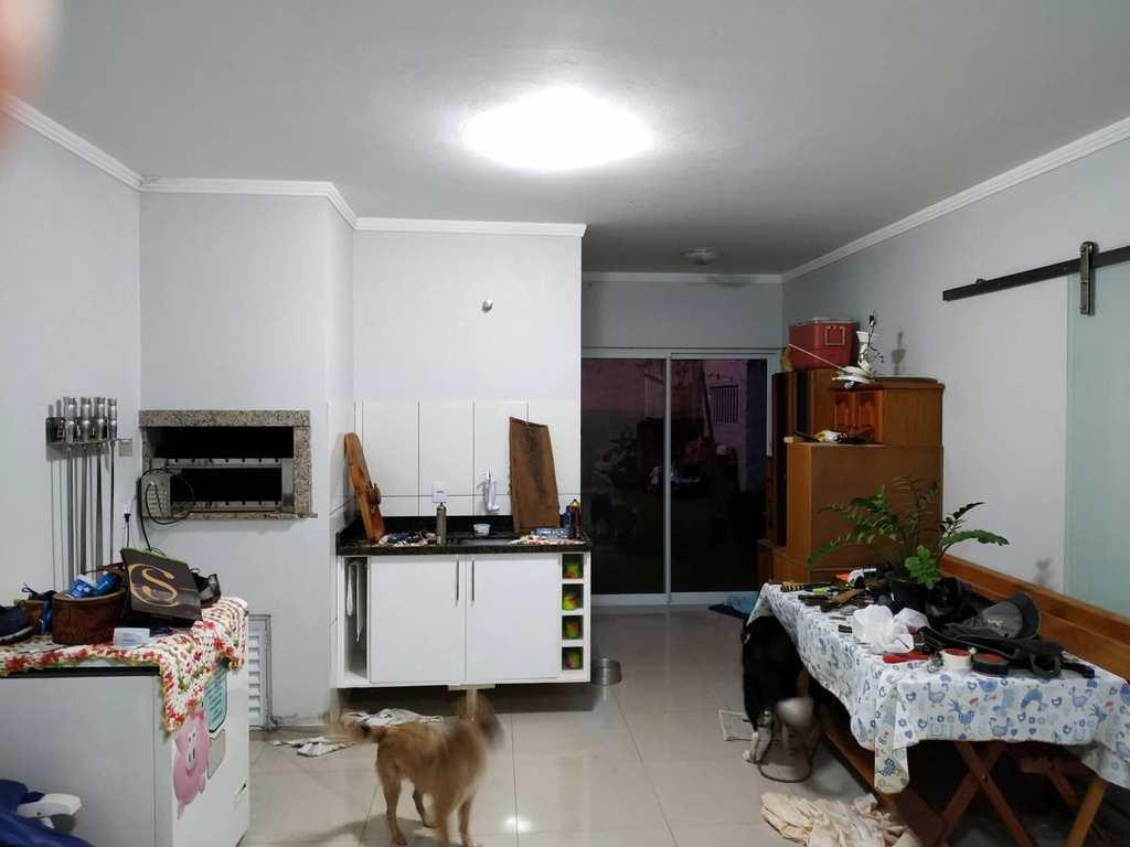 Casa em Três de Maio, no bairro Bairro Jardim das Acácias