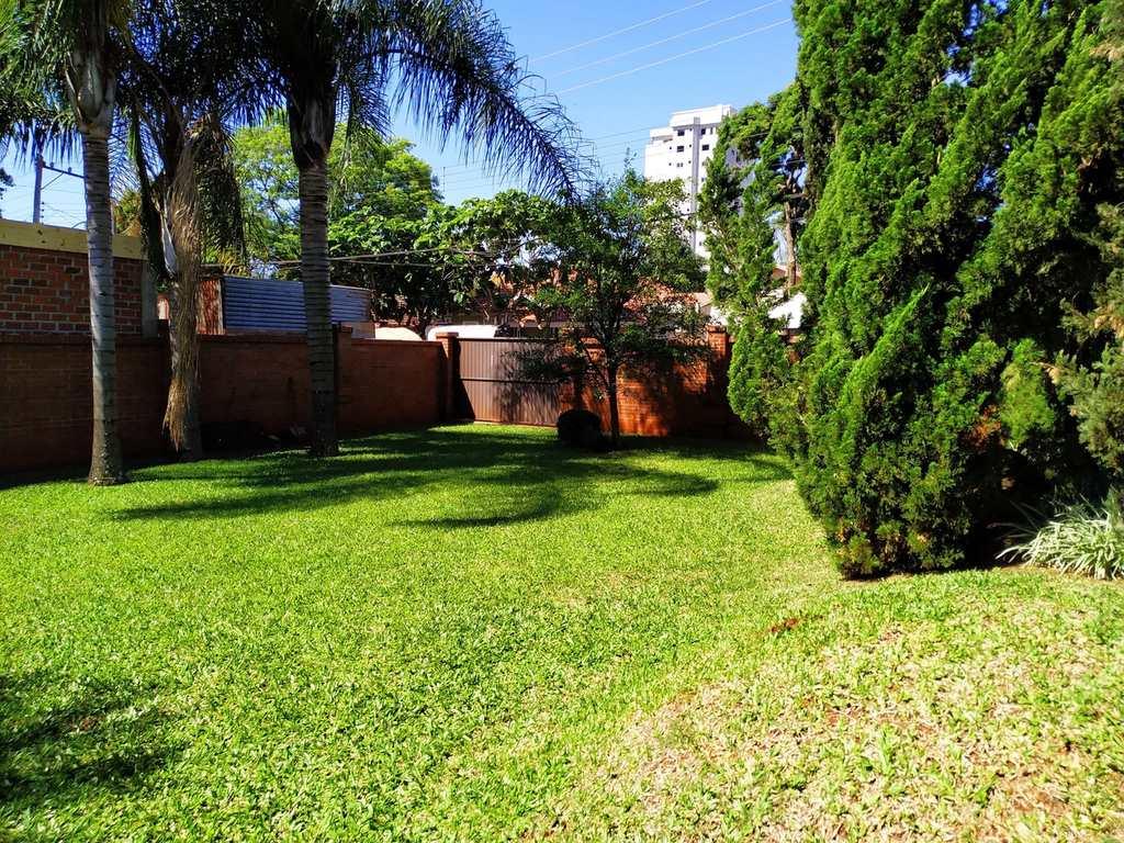 Casa em Três de Maio, no bairro Centro